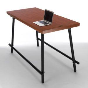 Met de NJOJ vergadertafel kiest u voor een moderne manier van werken! De doordachte voetsteunen zorgen voor een ontspannen houding, goed voor de rug en het bekken.