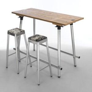 Original s bartafel NJOJ aluminium frame en dennenhouten tafelblad, ook geschikt voor buiten